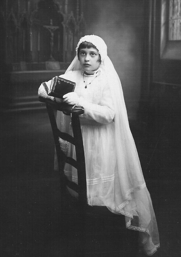 1944 - RELIZANE Communion solennelle  d'Henriette MAFFRE